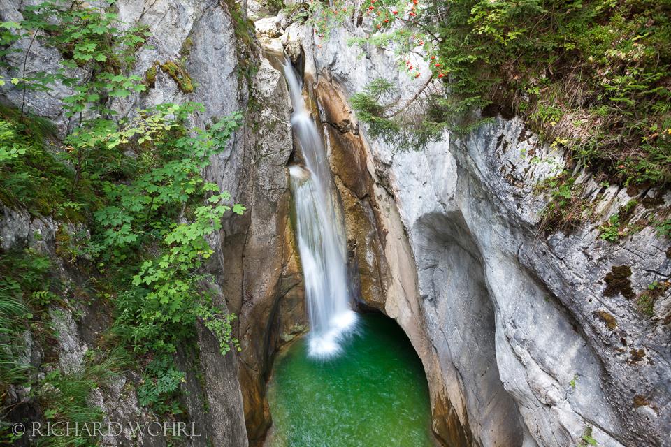 Oberer Wasserfall am Tatzelwurm.