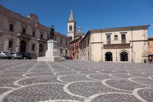Piazza XX Settembre in Sulmona.